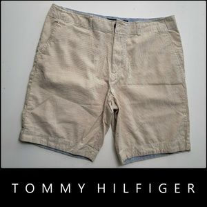 Tommy Hilfiger Men Classic Fit  Flat Front Short